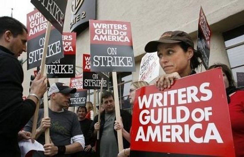 El gremio de escritores de Hollywood amenaza con una huelga se no se cumplen sus reivindicaciones