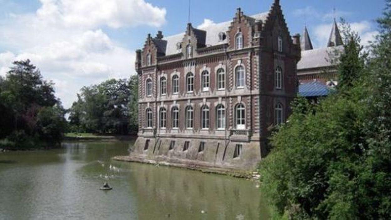 """Résultat de recherche d'images pour """"chateau estaimbourg"""""""