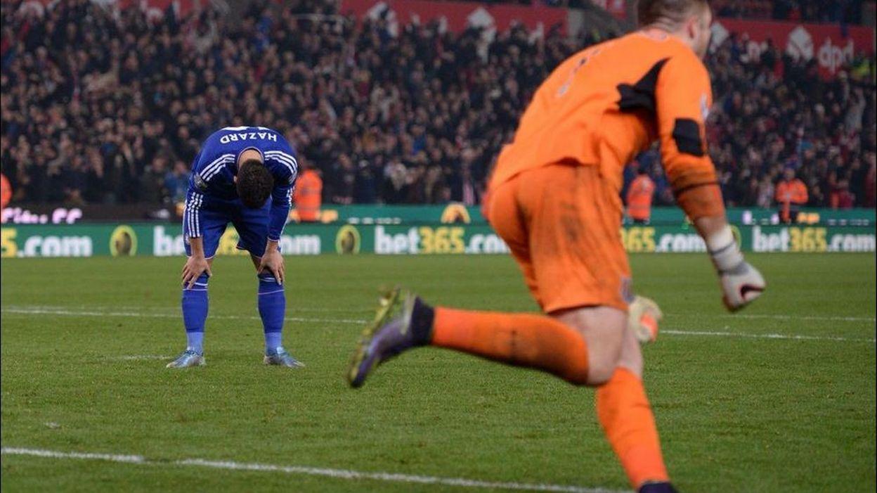Hazard manque un tir au but, Chelsea éliminé, Everton passe