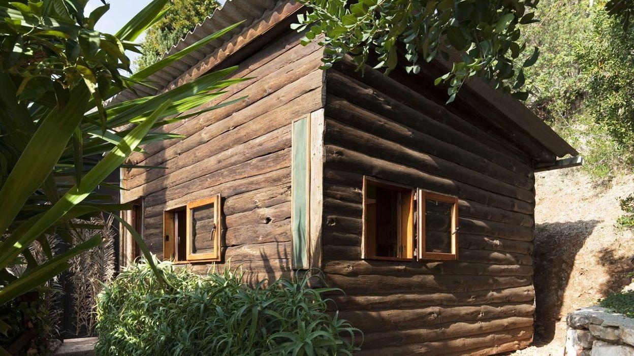 Maison de vacances d 39 architecte le cabanon de le corbusier for Cabanon maison